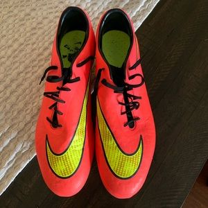 Nike Men's Hypervenom Phatal Red/Yellow